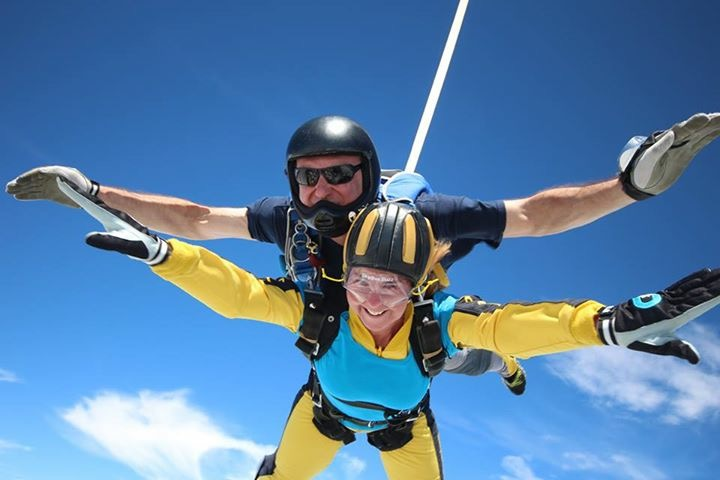 Carolyn Couch skydiving for WasteAid, 2016