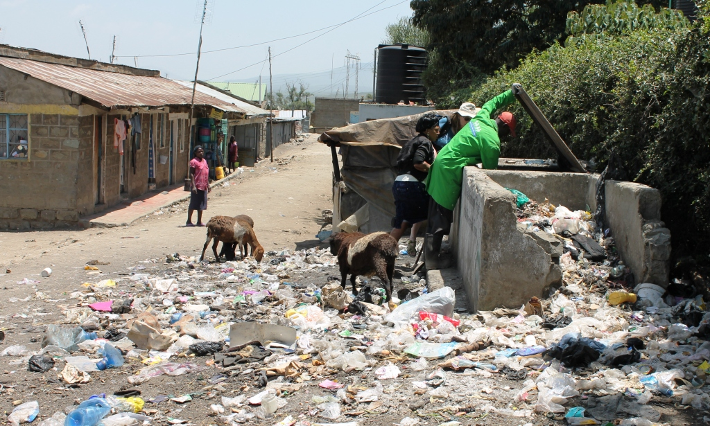 Poor waste management next to Lake Naivasha