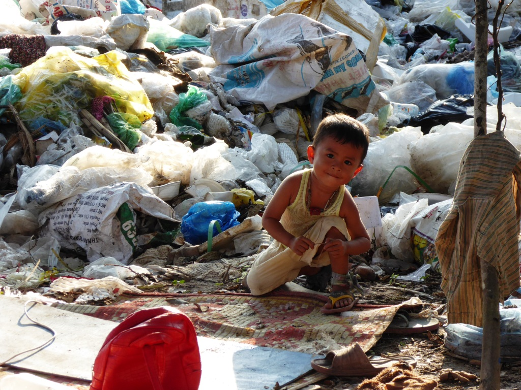 Children growing up on dumpsites often suffer from malnourishment, stunting and disease