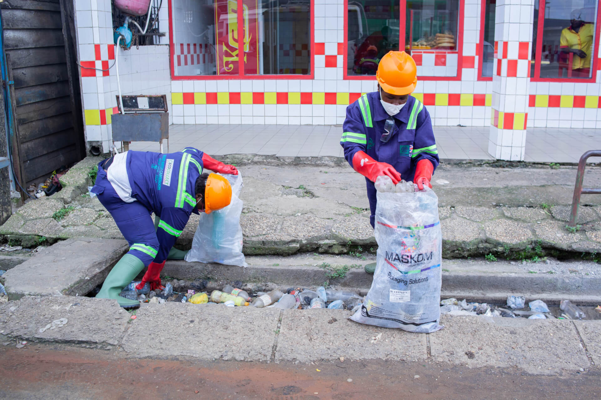 Removing plastic from drains helps reduce flood risk in the city